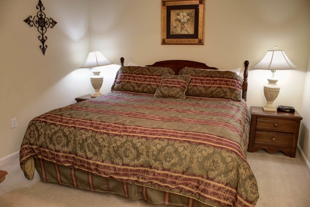 Photo of a Pigeon Forge Condo named Whispering Pines 422 - This is the twenty-first photo in the set.