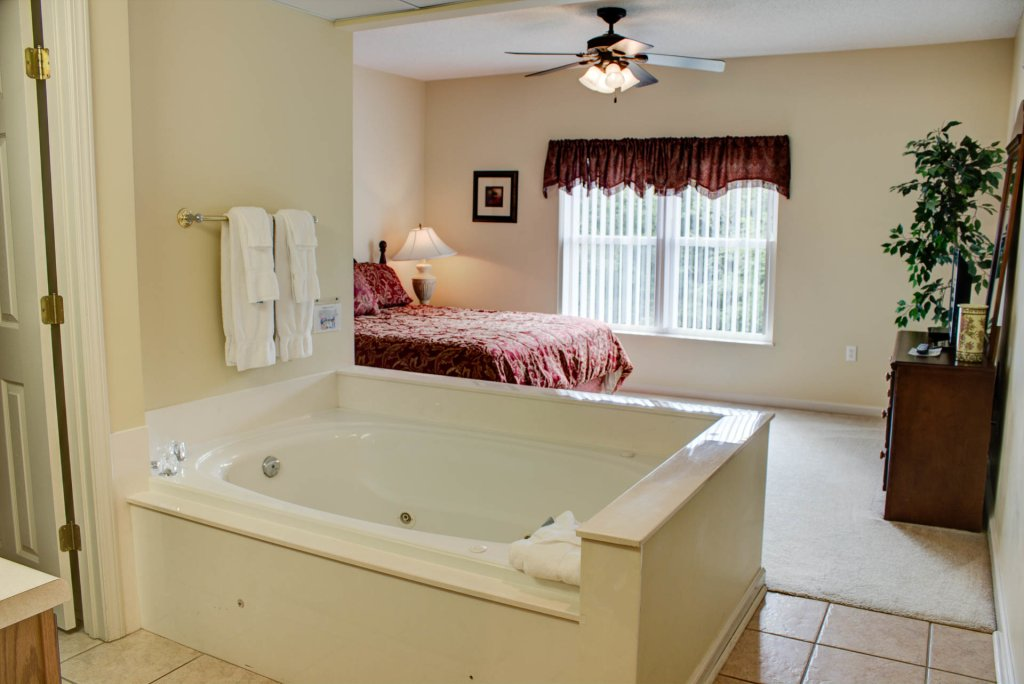 Photo of a Pigeon Forge Condo named Whispering Pines 422 - This is the nineteenth photo in the set.