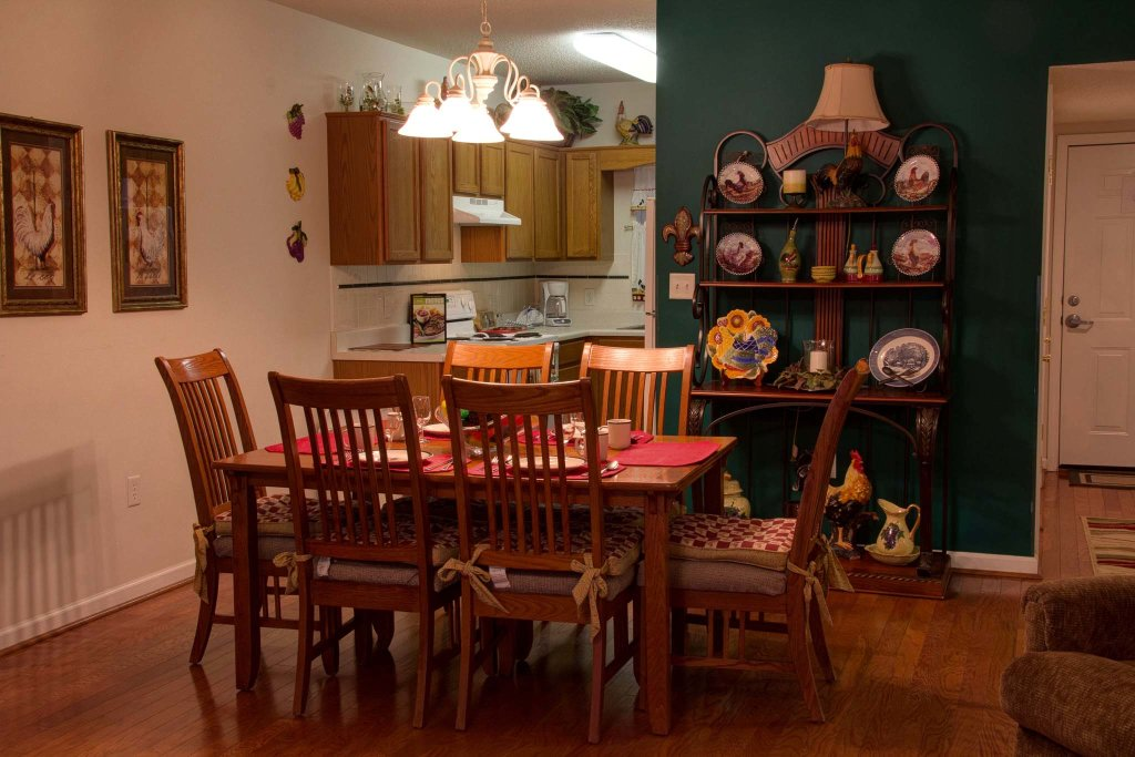 Photo of a Pigeon Forge Condo named Whispering Pines 511 - This is the twenty-first photo in the set.
