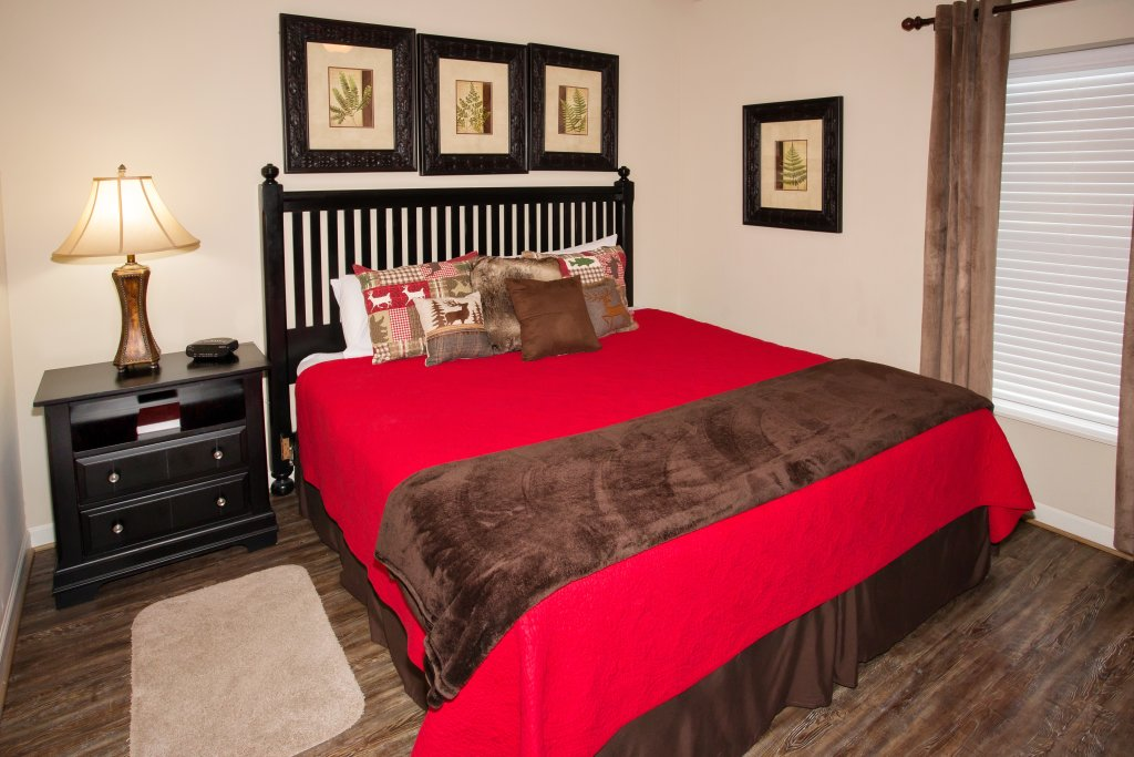 Photo of a Pigeon Forge Condo named Cedar Lodge 403 - This is the fourteenth photo in the set.