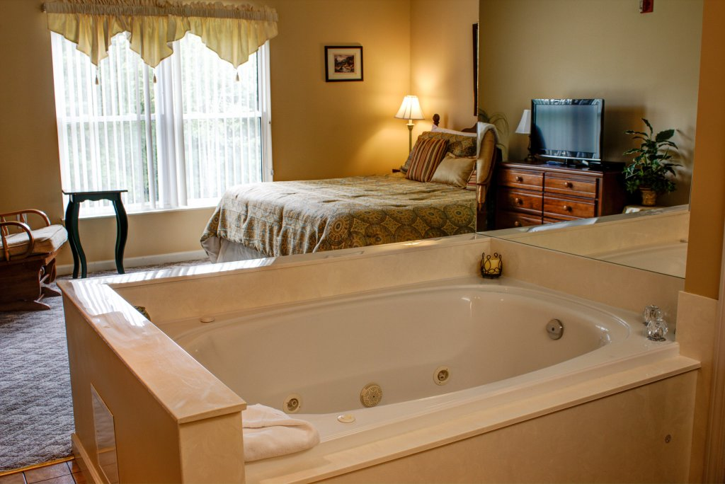 Photo of a Pigeon Forge Condo named Whispering Pines 324 - This is the twenty-second photo in the set.