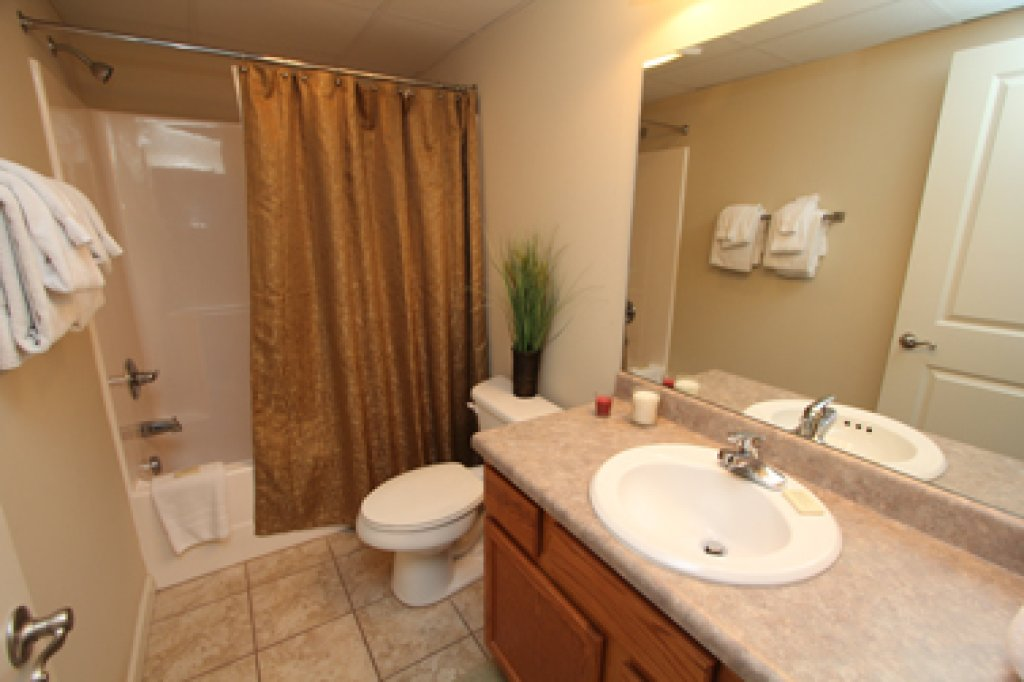 Photo of a Pigeon Forge Condo named Cedar Lodge 601 - This is the seventeenth photo in the set.