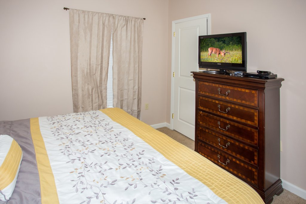 Photo of a Pigeon Forge Condo named Cedar Lodge 301 - This is the seventeenth photo in the set.