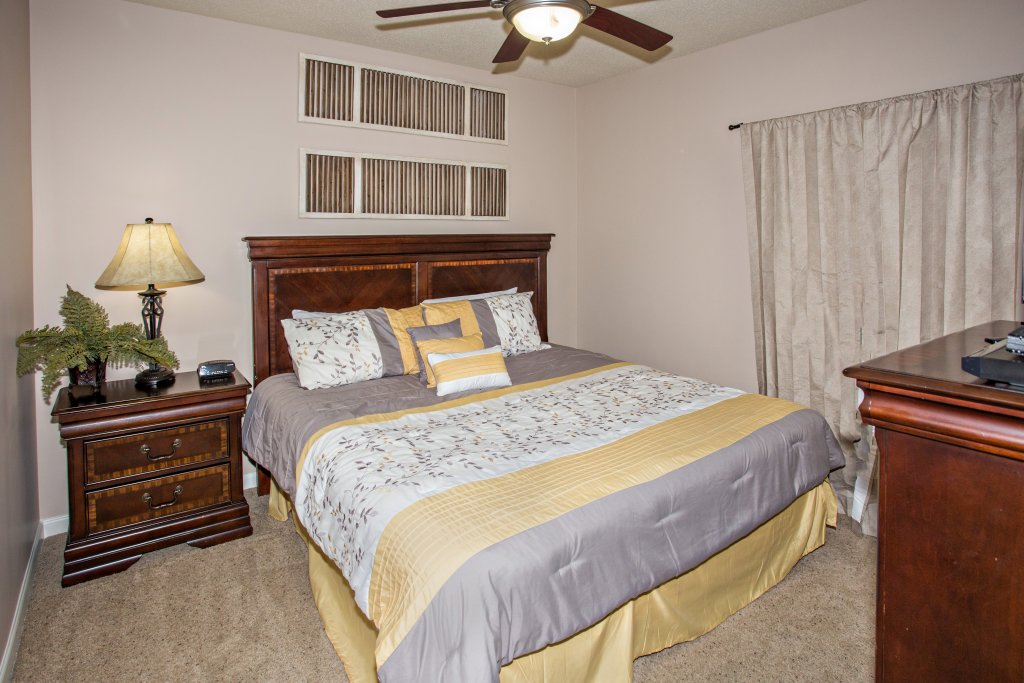 Photo of a Pigeon Forge Condo named Cedar Lodge 301 - This is the nineteenth photo in the set.