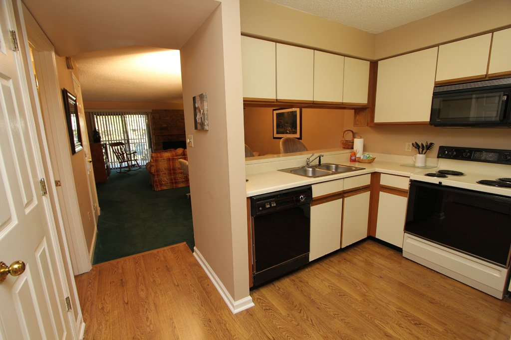 Photo of a Gatlinburg Condo named Level One, Great River View - 102 - This is the third photo in the set.