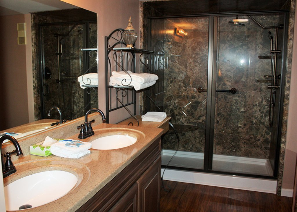 Photo of a Gatlinburg Condo named Level Four, Great River View - 411 - This is the fourth photo in the set.