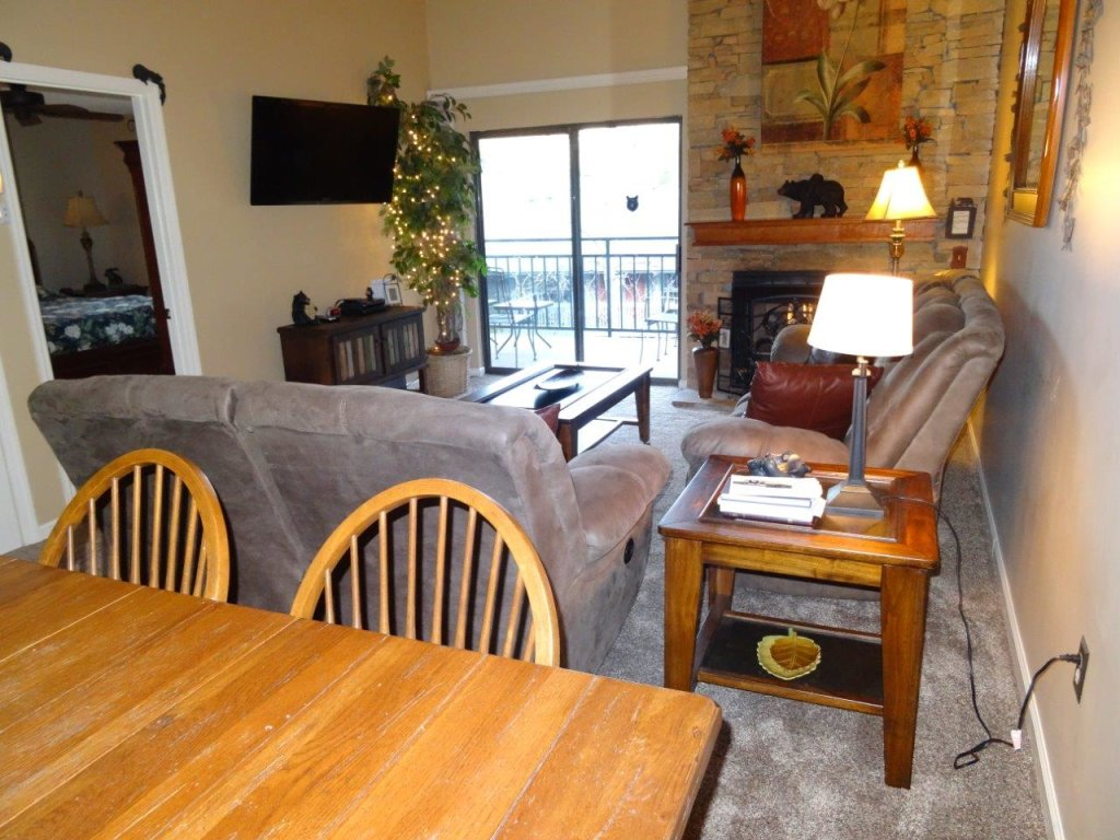 Photo of a Gatlinburg Condo named Level Four, Great River View - 404 - This is the fourth photo in the set.