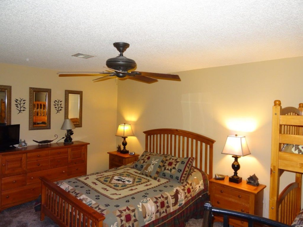 Photo of a Gatlinburg Condo named Level Four, Great River View - 404 - This is the eleventh photo in the set.