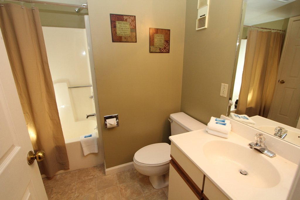 Photo of a Gatlinburg Condo named Level Two, Great River View - 202 - This is the tenth photo in the set.
