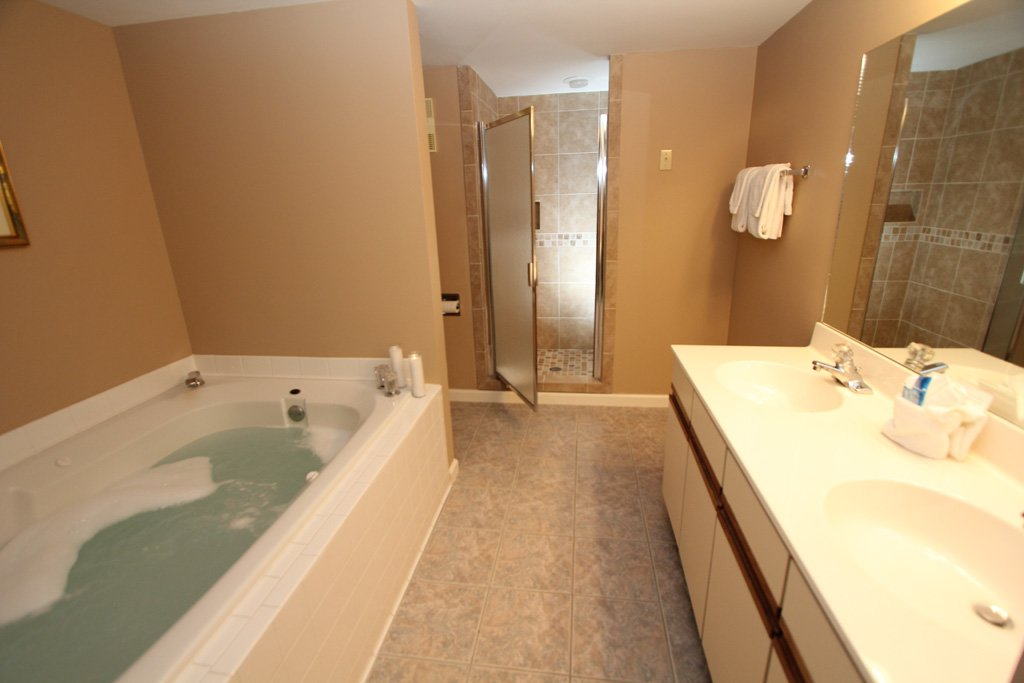 Photo of a Gatlinburg Condo named Level Two, Great River View - 204 - This is the sixth photo in the set.