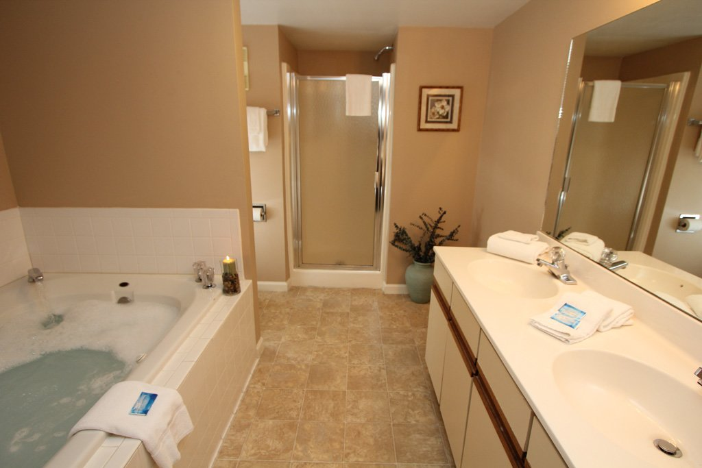 Photo of a Gatlinburg Condo named Level Two, Great River View - 202 - This is the eighth photo in the set.