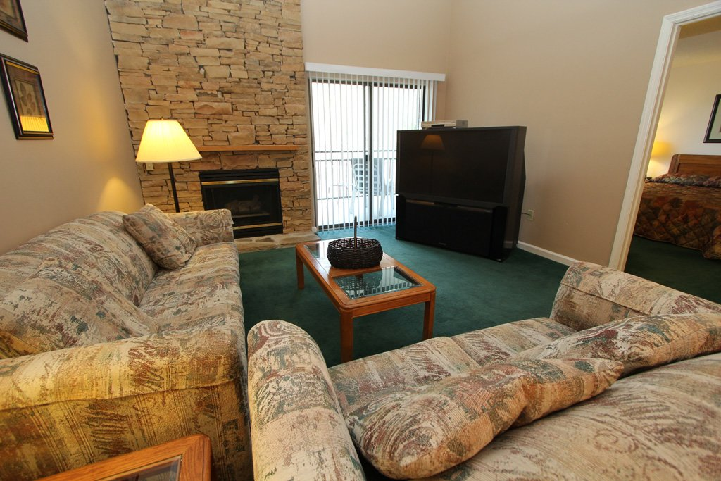 Photo of a Gatlinburg Condo named Level Four, Great River View - 405 - This is the first photo in the set.