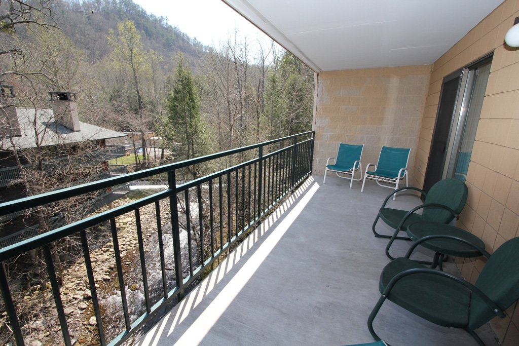 Photo of a Gatlinburg Condo named Level Four, Great River View - 403 - This is the fourteenth photo in the set.