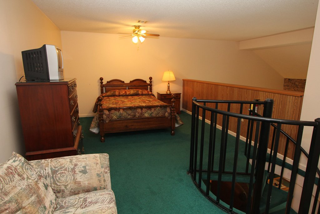 Photo of a Gatlinburg Condo named Level Four, Great River View - 407 - This is the thirteenth photo in the set.