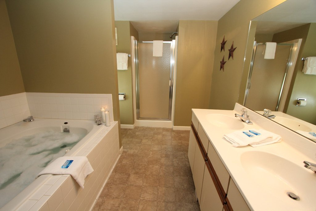 Photo of a Gatlinburg Condo named Level Three, Great River View - 302 - This is the tenth photo in the set.