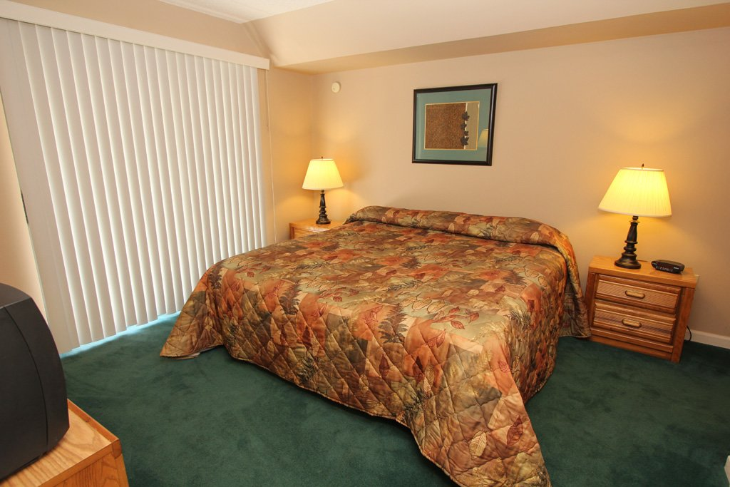 Photo of a Gatlinburg Condo named Level Three, Great River View - 303 - This is the eighth photo in the set.