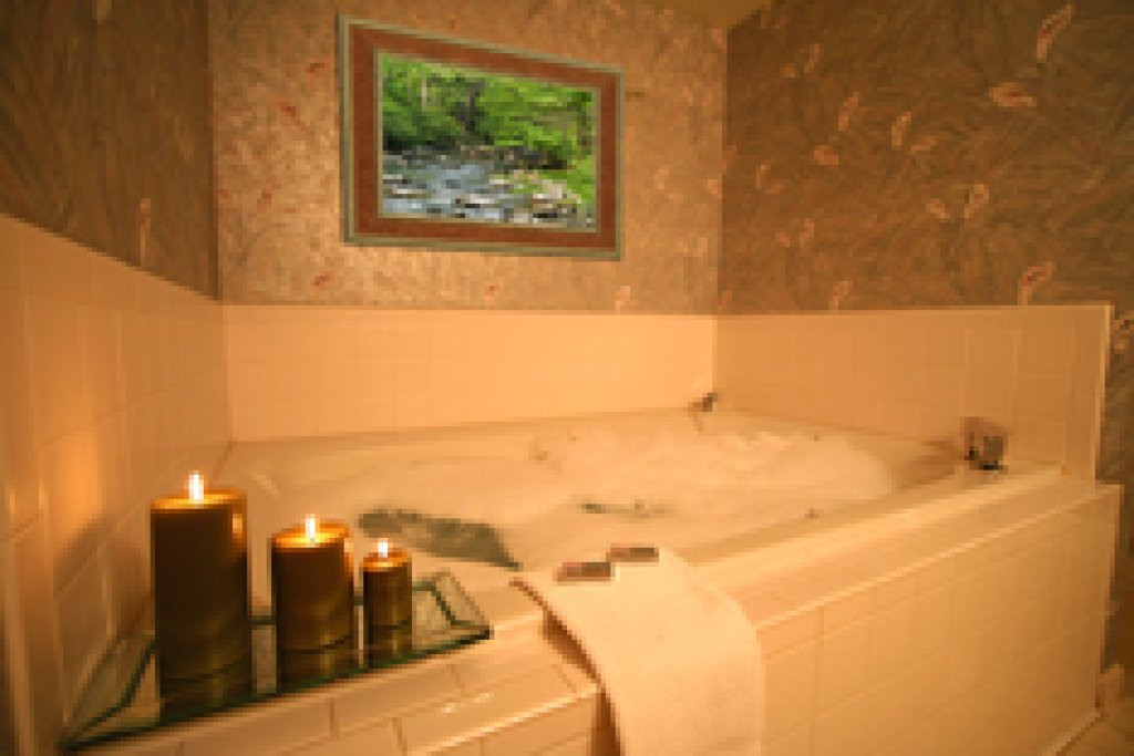 Photo of a Gatlinburg Condo named Level Two, Great River View - 205 - This is the seventh photo in the set.