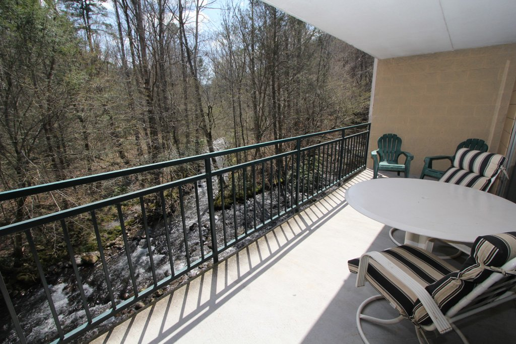 Photo of a Gatlinburg Condo named Level Two, Great River View - 209 - This is the thirteenth photo in the set.