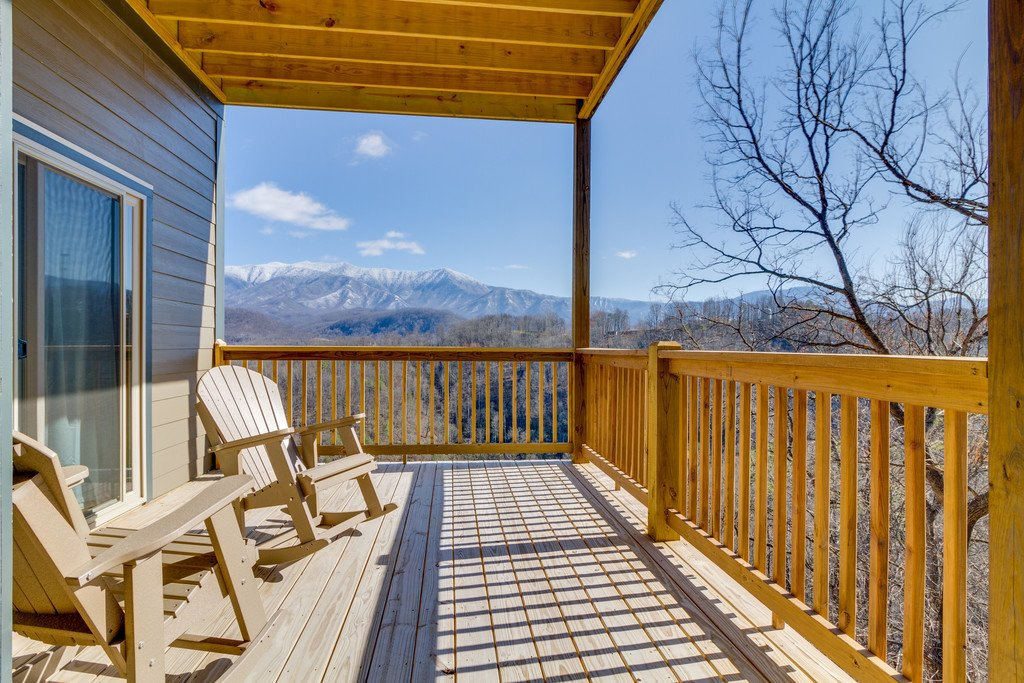 Photo of a Gatlinburg Cabin named Majestic Overlook - This is the forty-first photo in the set.