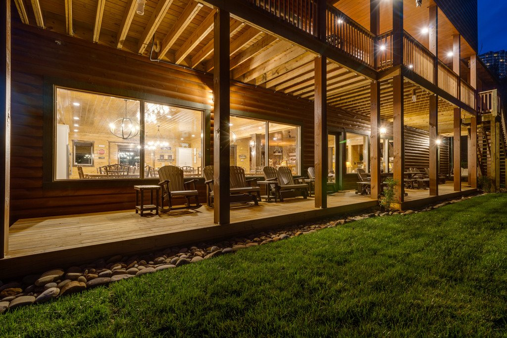 Photo of a Gatlinburg Cabin named The Big Oak Lodge - This is the twenty-ninth photo in the set.