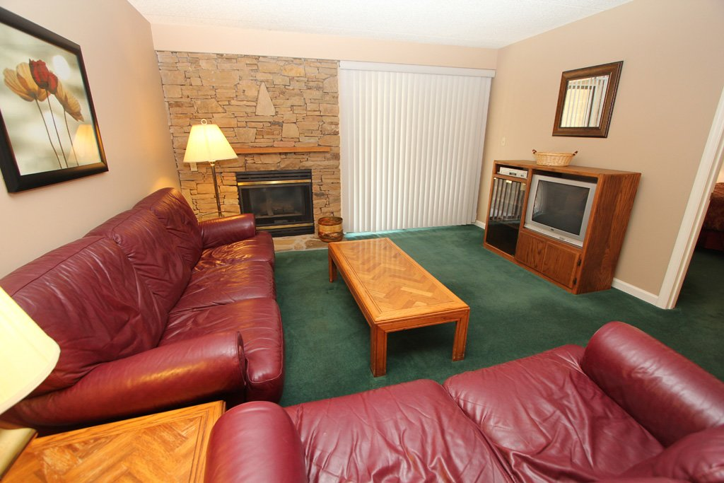 Photo of a Gatlinburg Condo named Level Two, Great River View - 209 - This is the second photo in the set.