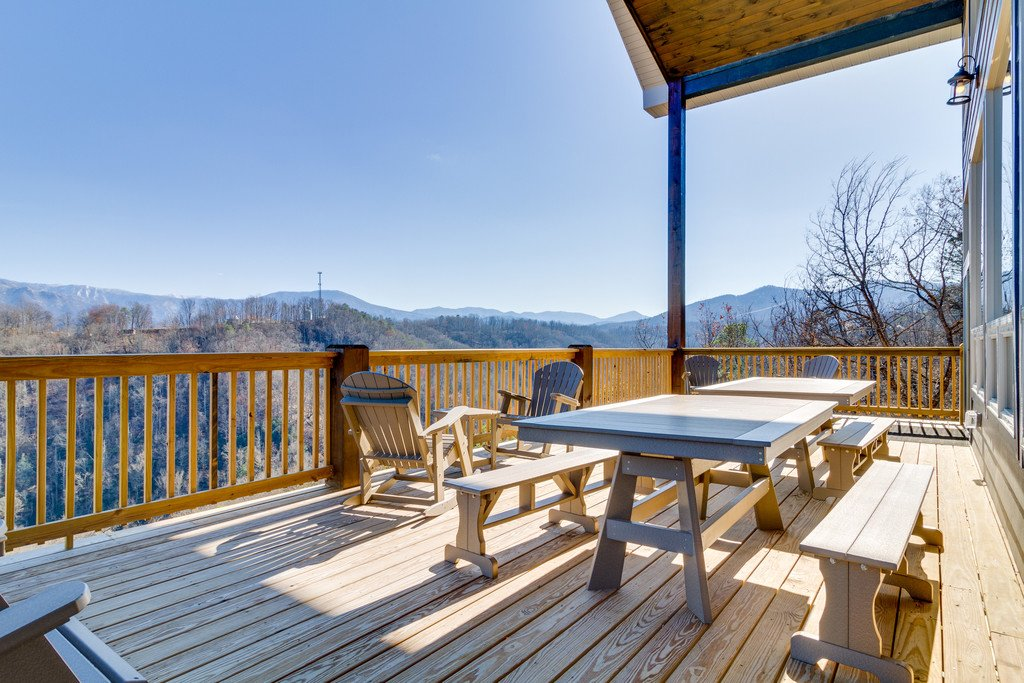 Photo of a Gatlinburg Cabin named Majestic Overlook - This is the fiftieth photo in the set.