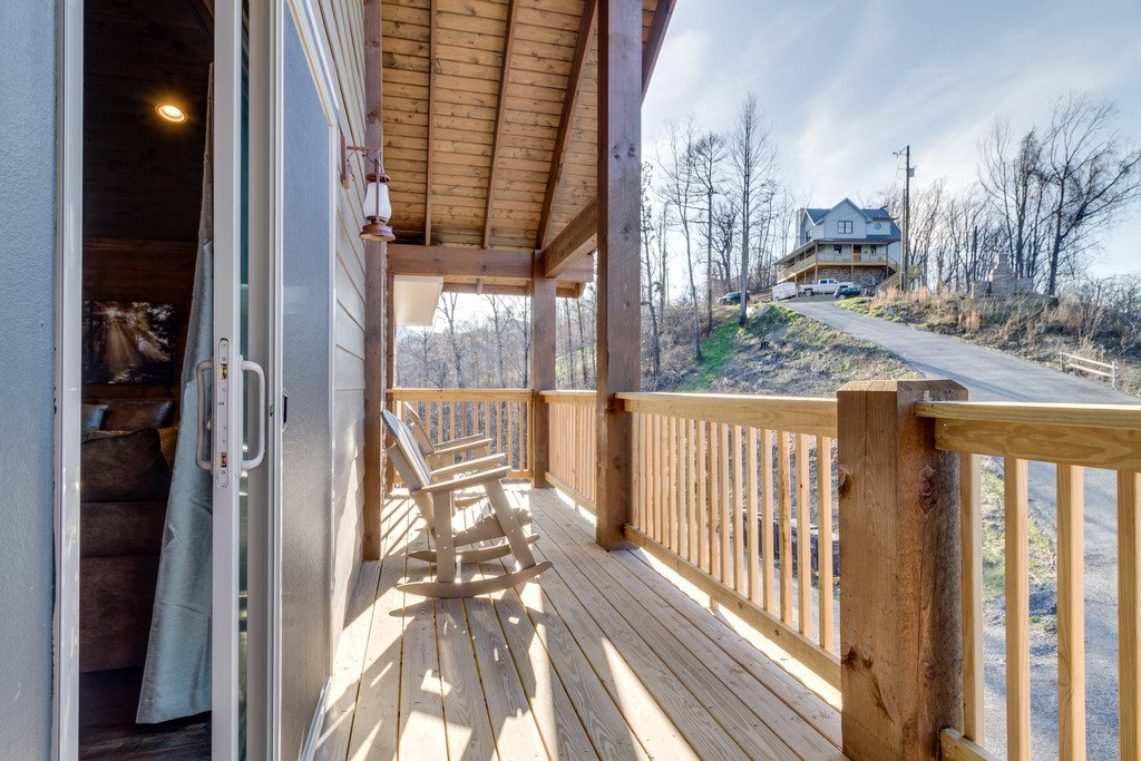 Photo of a Gatlinburg Cabin named Majestic Overlook - This is the ninety-third photo in the set.