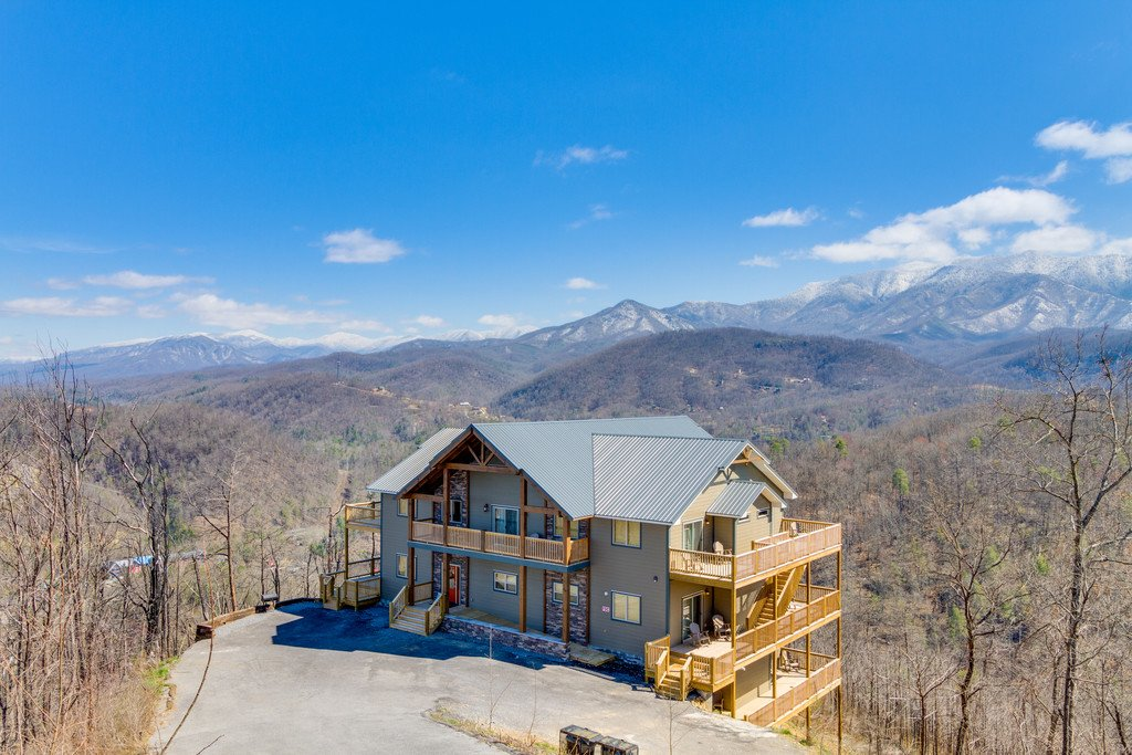 Photo of a Gatlinburg Cabin named Majestic Overlook - This is the one hundred and fortieth photo in the set.