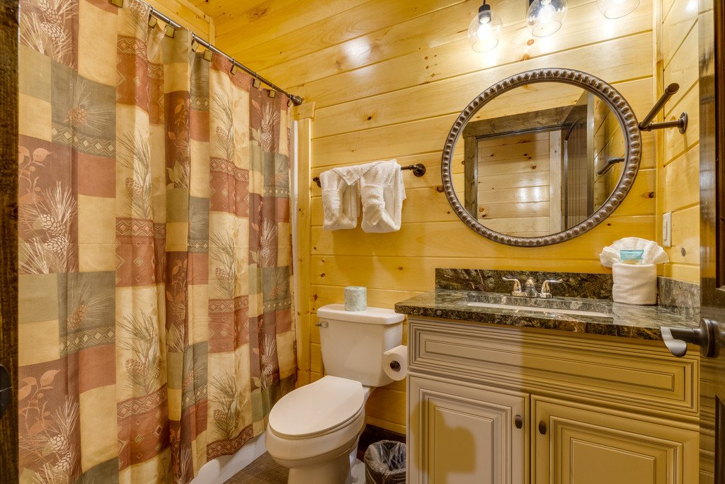 Photo of a Gatlinburg Cabin named The Majestic Pine Retreat - This is the twenty-ninth photo in the set.