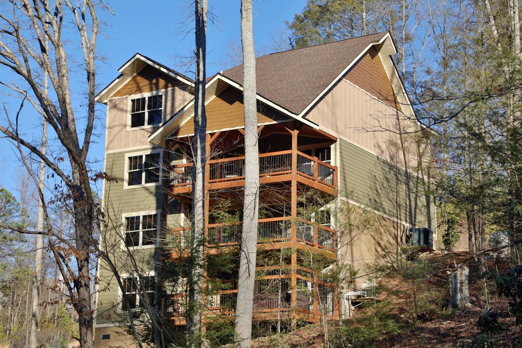 Photo of a Gatlinburg Cabin named Splash Time Cinema - This is the tenth photo in the set.