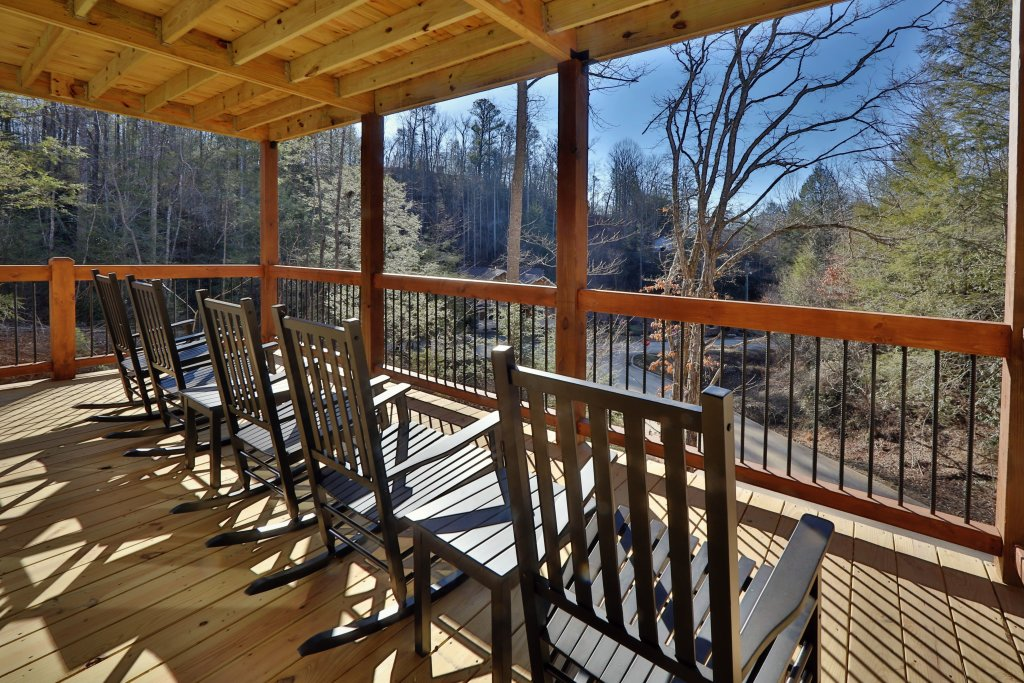 Photo of a Gatlinburg Cabin named Splash Time Cinema - This is the fifth photo in the set.