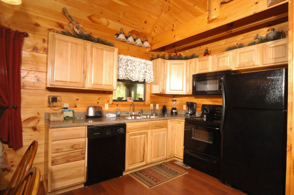 Photo of a Pigeon Forge Cabin named A Bear's Eye View #251 - This is the thirty-seventh photo in the set.