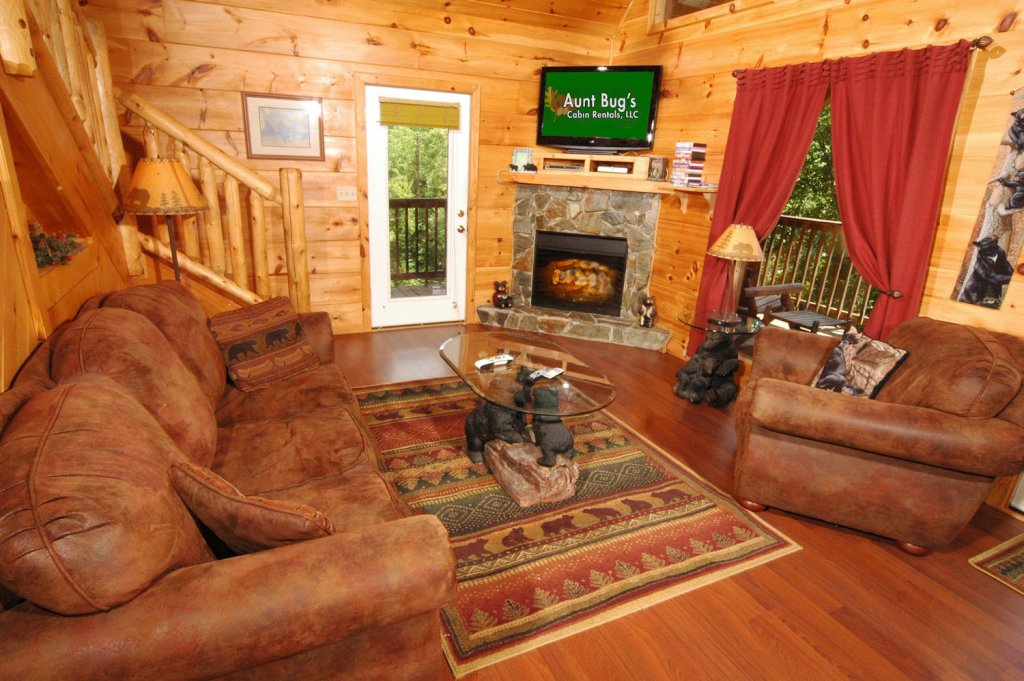 Photo of a Pigeon Forge Cabin named A Bear's Eye View #251 - This is the thirty-fourth photo in the set.
