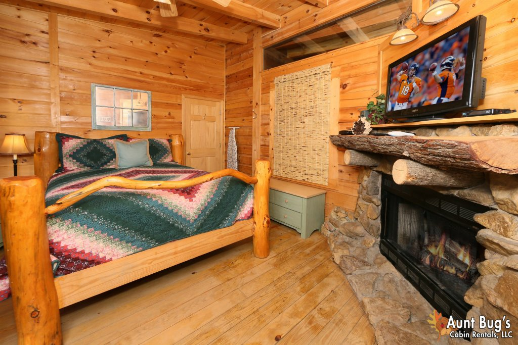 Photo of a Pigeon Forge Cabin named A Bit Of Heaven #252 - This is the twenty-first photo in the set.