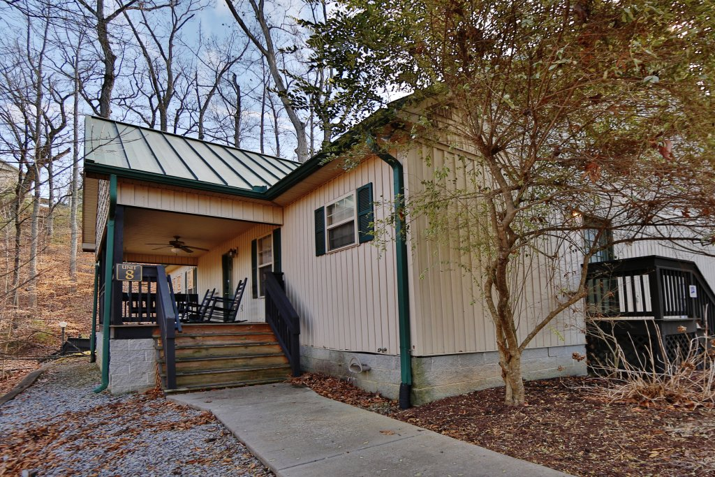 Photo of a Pigeon Forge Cabin named Cedar Falls (#8) - This is the first photo in the set.