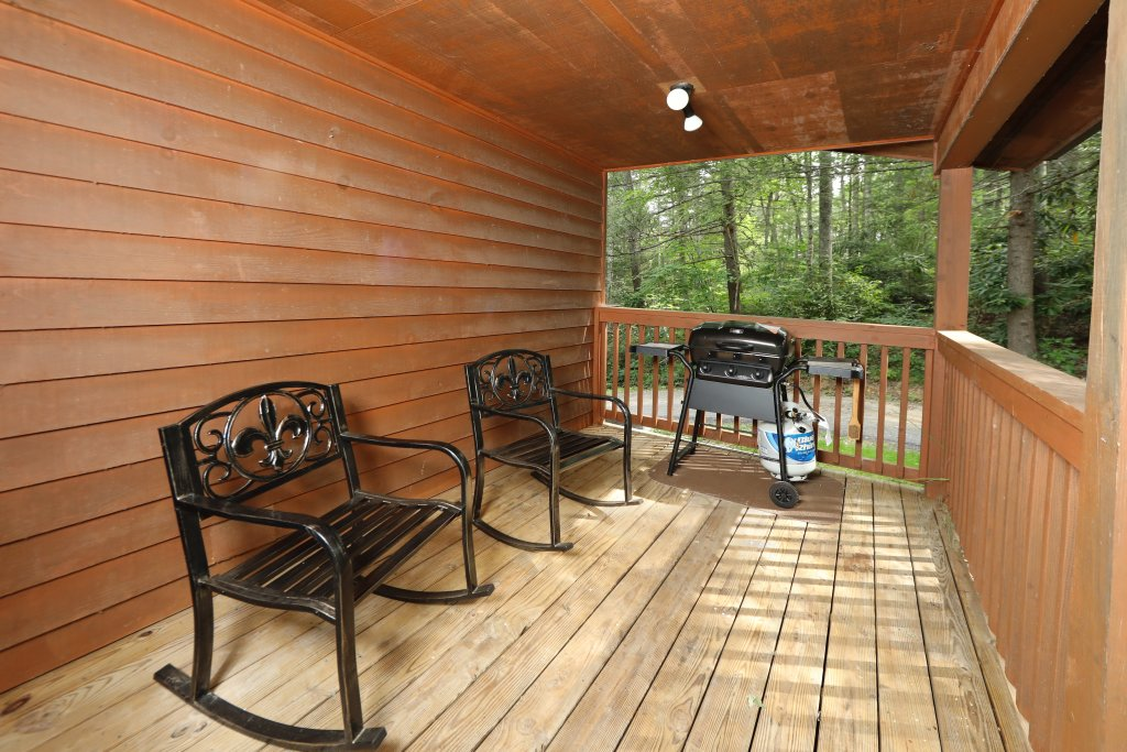 Photo of a Gatlinburg Cabin named Inspiration Point - This is the fourth photo in the set.