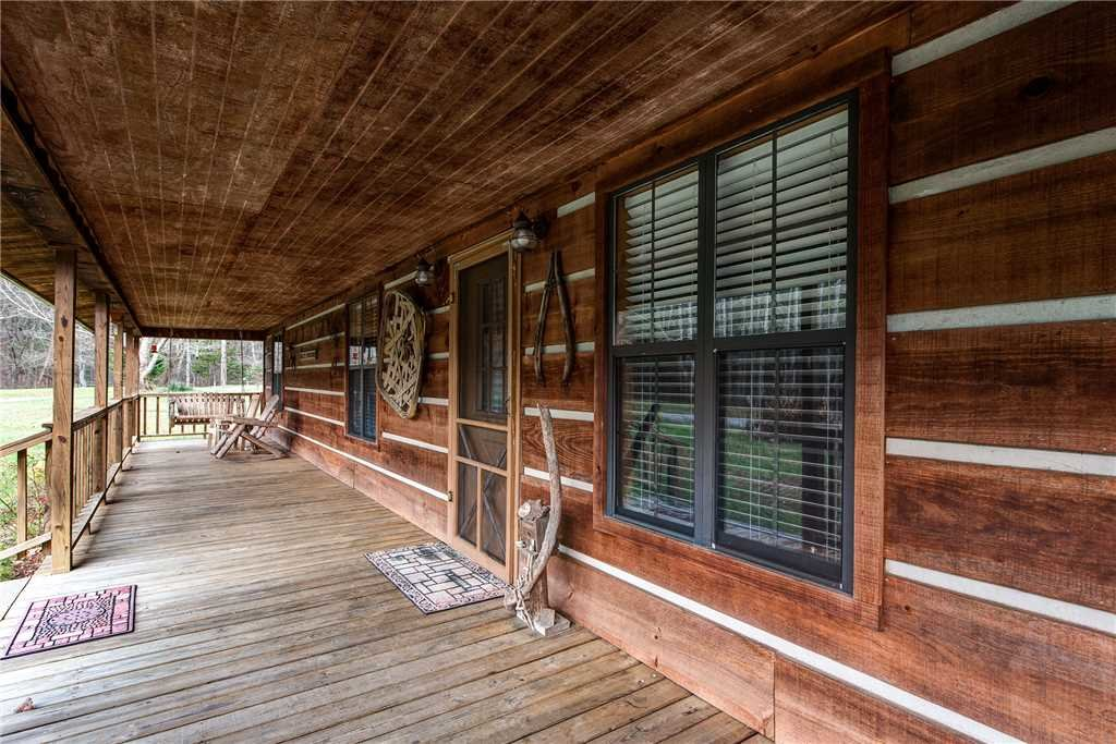Photo of a Pigeon Forge Cabin named Willow Creek - This is the sixteenth photo in the set.