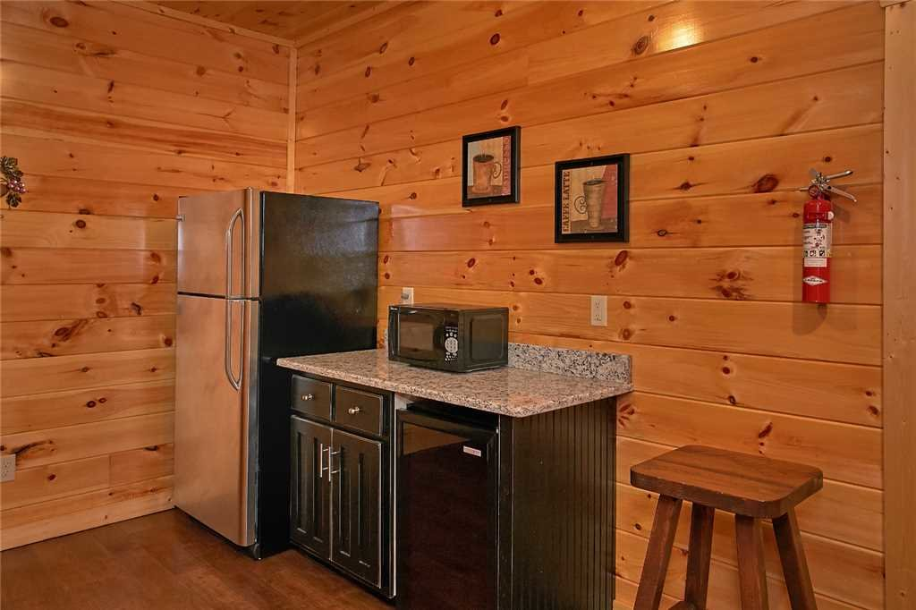 Photo of a Pigeon Forge Cabin named Awesome View Lodge - This is the eighth photo in the set.