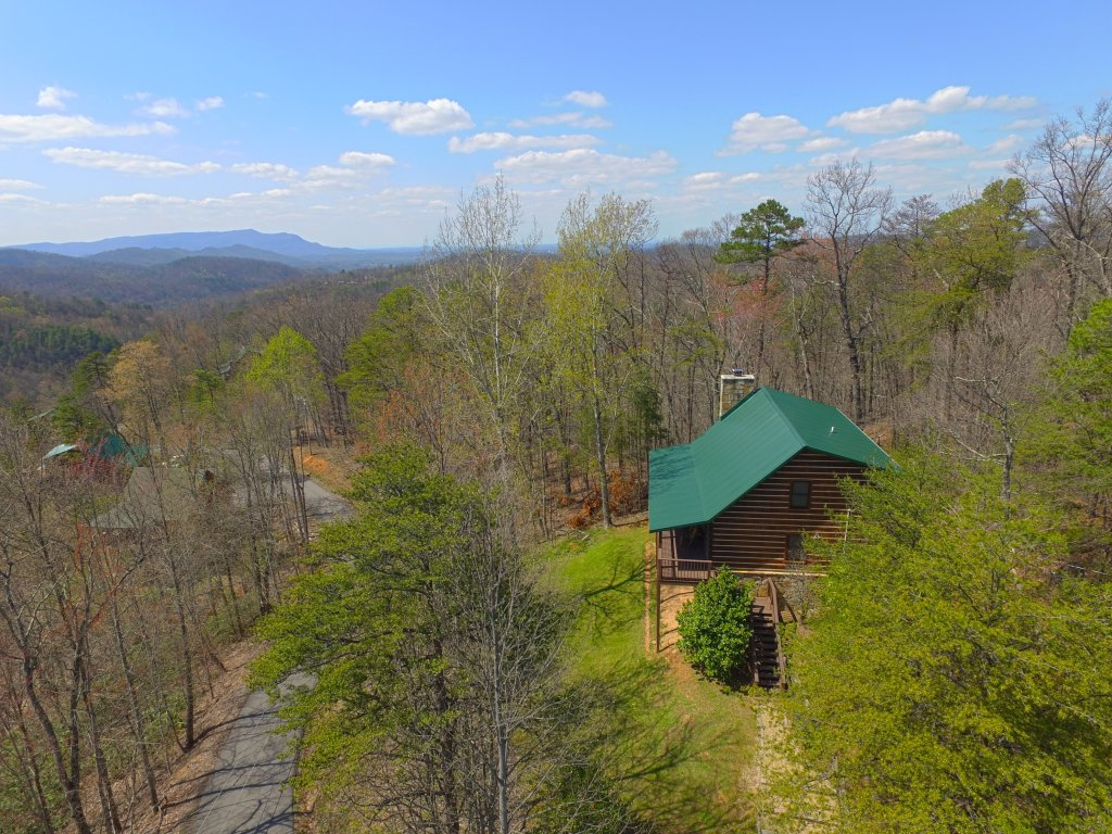 Photo of a Gatlinburg Cabin named Almost Heaven #205 - This is the third photo in the set.