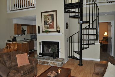 Three Bedroom Townhouse In Downtown Gatlinburg (unit 503)