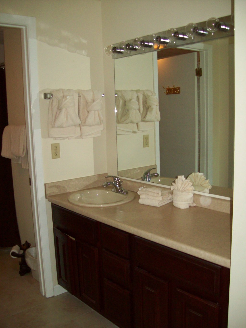 Photo of a Gatlinburg Condo named 402 - This is the third photo in the set.