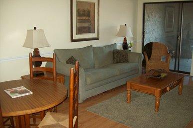 Two Bedroom Condo In Downtown Gatlinburg (unit 307)