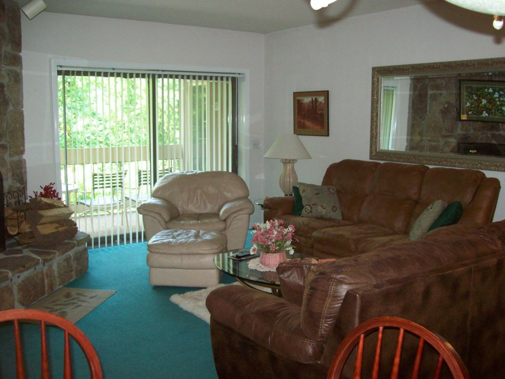 Photo of a Gatlinburg Condo named 305 - This is the first photo in the set.