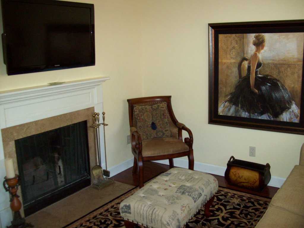 Photo of a Gatlinburg Condo named 302 - This is the first photo in the set.