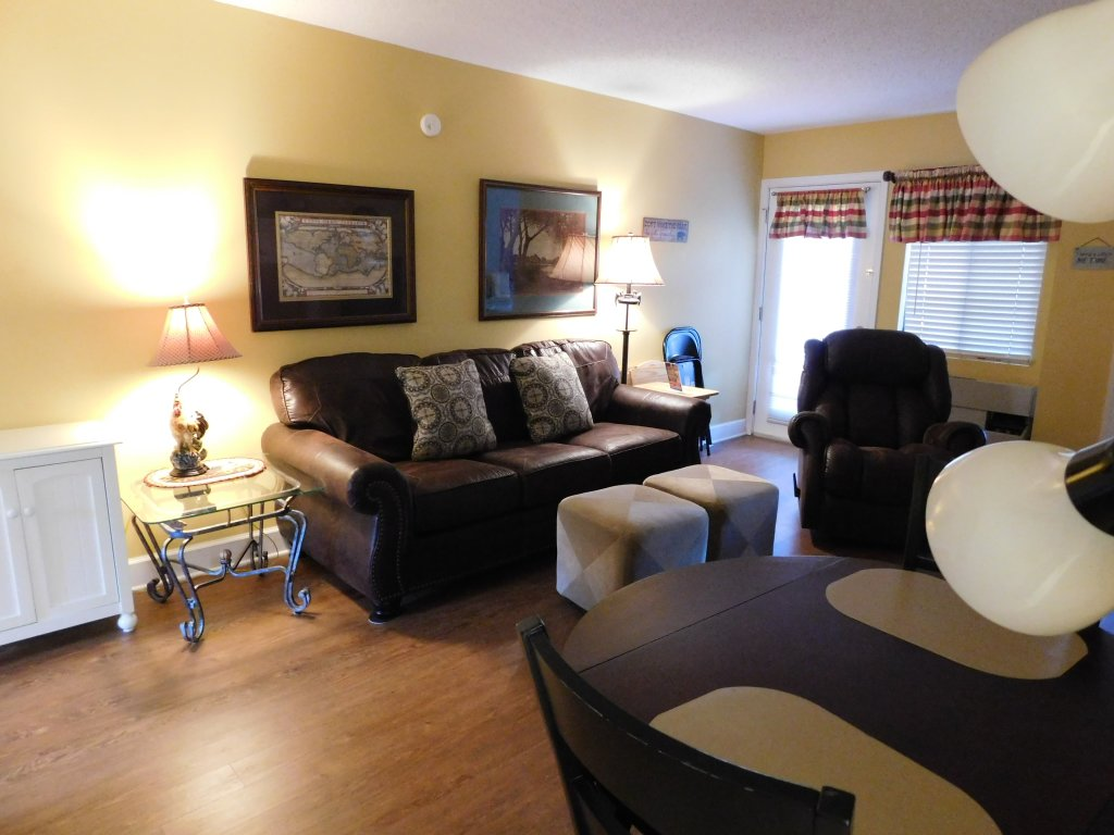Photo of a Gatlinburg Condo named 107 - This is the first photo in the set.