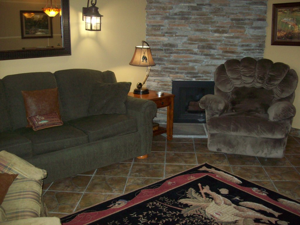 Photo of a Gatlinburg Condo named 702 - This is the first photo in the set.