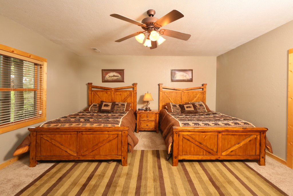 Photo of a Pigeon Forge Cabin named Black Bear Hideaway - This is the twenty-second photo in the set.