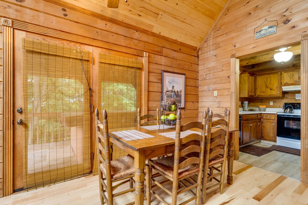 Photo of a Gatlinburg Cabin named Mountain Majesty Sky Harbor - This is the eleventh photo in the set.