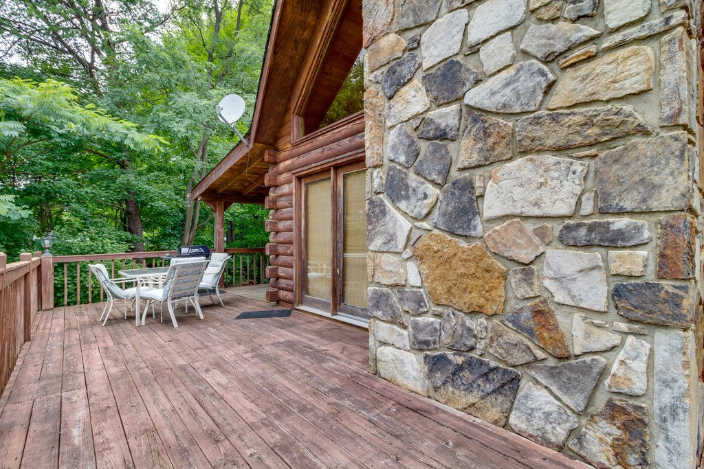Photo of a Gatlinburg Cabin named Mountain Majesty Sky Harbor - This is the twenty-fourth photo in the set.