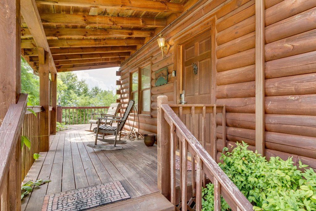Photo of a Gatlinburg Cabin named Mountain Majesty Sky Harbor - This is the forty-second photo in the set.